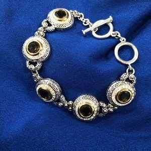 NWOT fashion bracelet